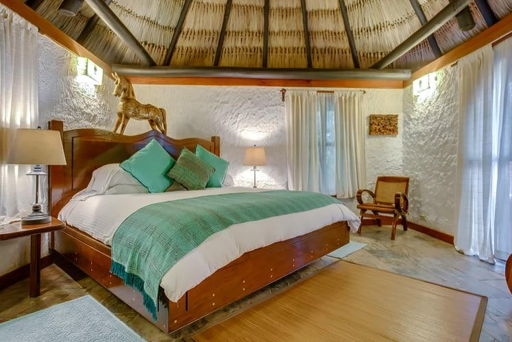 Belize macal jungle suite chaa creek bedroom