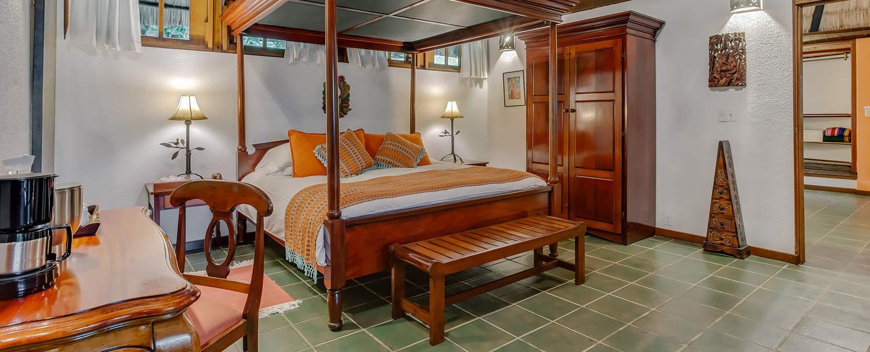 garden jaccuzi suite guest room at chaa creek belize