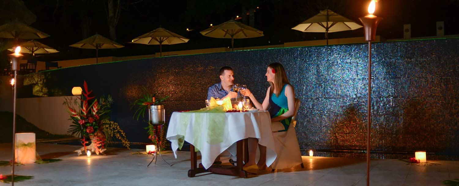 sailing belize vacation romantic candlelit dinner