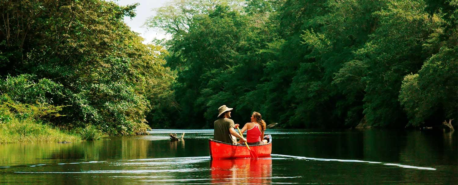 Couples doing Belize Canoeing Tour at Chaa Creek