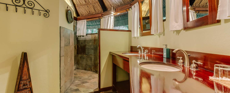 Belize luxury complete garden suite bathroom at chaa creek