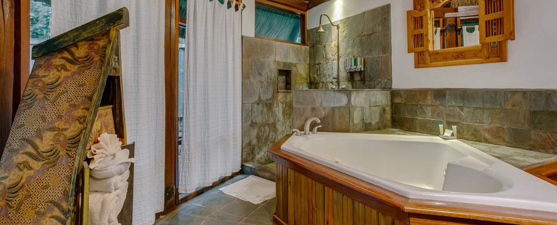Belize luxury complete garden jacuzzi suite details