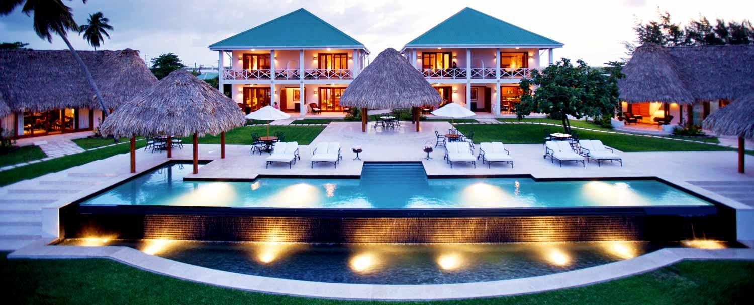 Luxury accomodation at ambergris caye victoa house resort with Chaa Creek's all inclusive belize vacation package